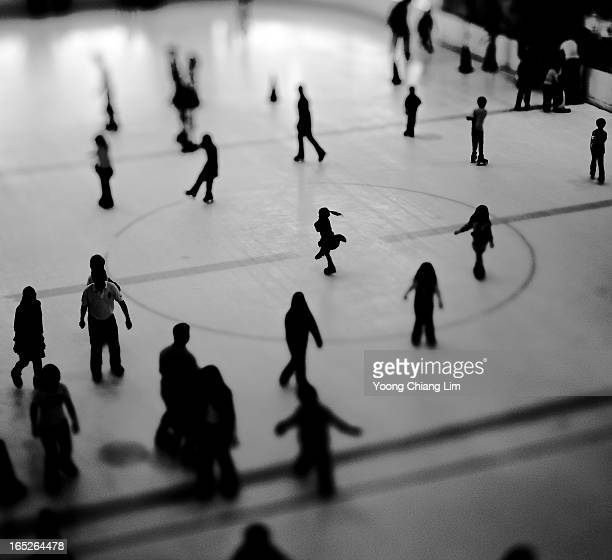 It's a scotching hot day in Singapore, so what better way to stay cool then a tilted pix of an ice rink! Happy Tuesday everyone. GIRL,...
