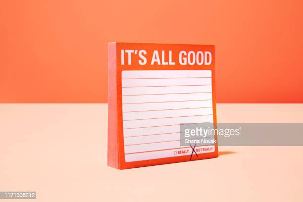 "it's all good sticky note - ""shana novak"" stock pictures, royalty-free photos & images"