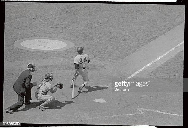 It's all in a day's work for Willie Mays who crosses the plate with a 2run homer in the 7th inning of GiantsCards game here Mays hit two 2run homers...