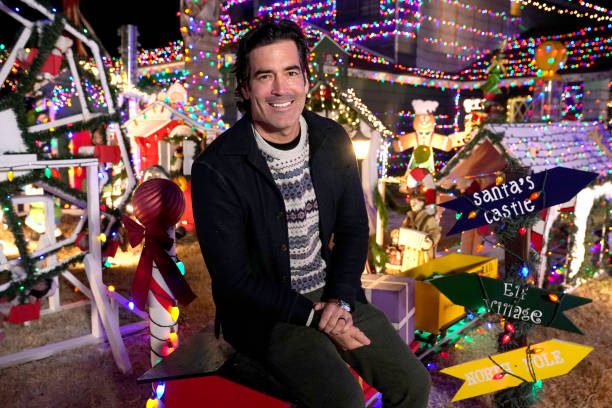 """CA: ABC's """"The Great Christmas Light Fight"""" - 2020"""