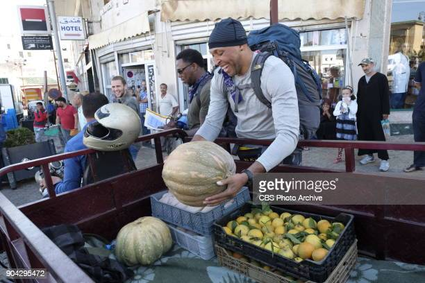 'It's Gonna Be A Fragrant Day' In Detour A Cedric Ceballos and Shawn Marion must make food deliveries on foot to three different locations in order...