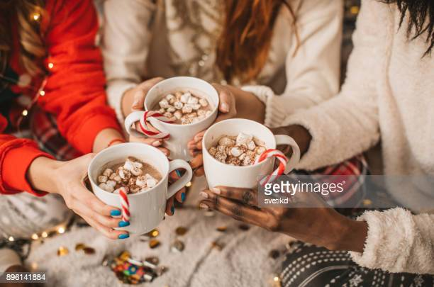 it's hot chocolate o'clock - hot chocolate stock pictures, royalty-free photos & images