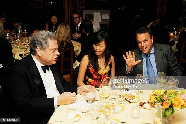 Itzhak Perlman Mei Sze Chan Greene and Jeff Greene attend The Perlman Music Program Honors BILLY JOEL at The Metropolitan Museum of Art on May 3 2008...