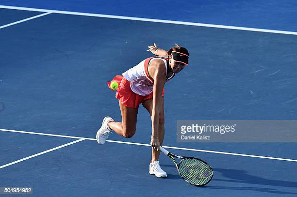 Iva Majoli of Croatia competes against Marion Bartoli of France during the 2016 World Tennis Challenge match at Memorial Drive on January 14 2016 in...