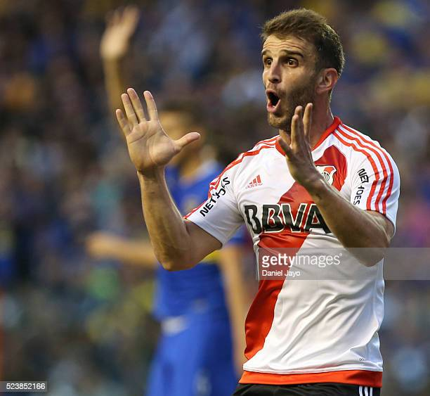Ivan Alonso of River Plate reacts after being called offside during a match between Boca Juniors and River Plate as part of Torneo Transicion 2016 at...