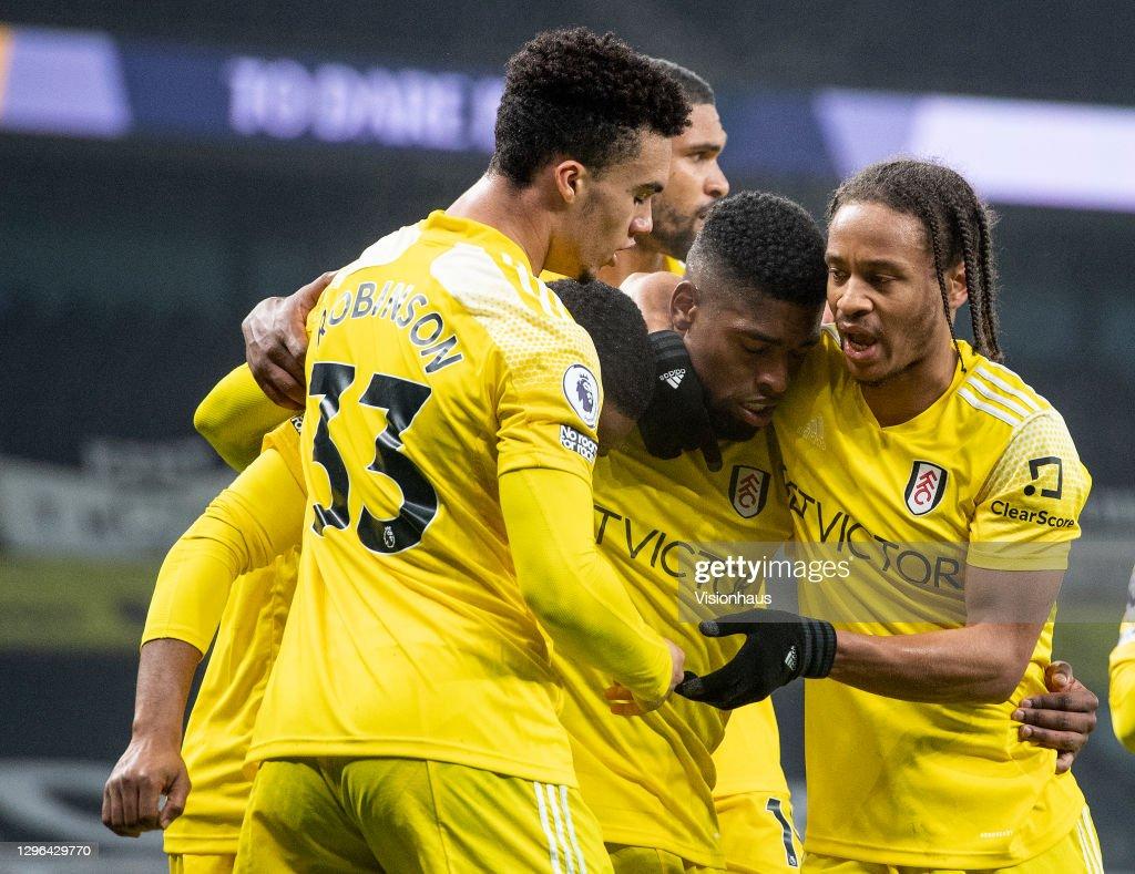Tottenham Hotspur v Fulham - Premier League : News Photo