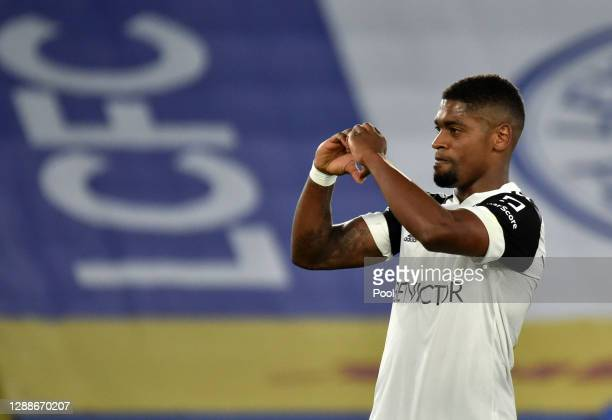 Ivan Cavaleiro of Fulham celebrates after scoring their team's second goal from the penalty spot during the Premier League match between Leicester...