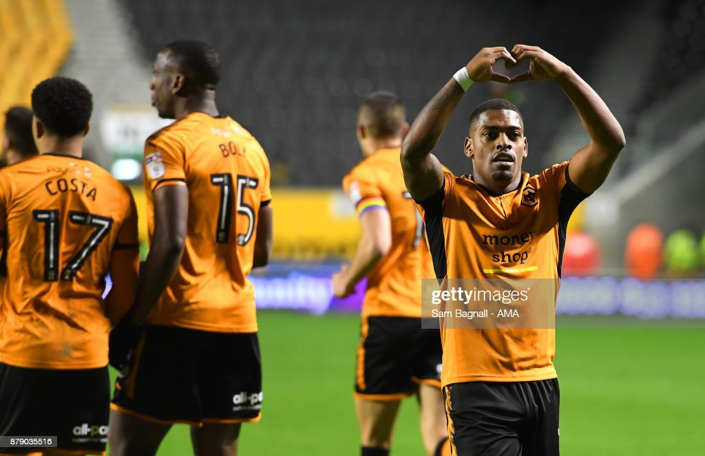 Ivan Cavaleiro of Wolverhampton Wanderers celebrates after scoring a goal to make it 4-1 during the Sky Bet Championship match between Wolverhampton and Bolton Wanderers at Molineux on November 25, 2017 in Wolverhampton, England.