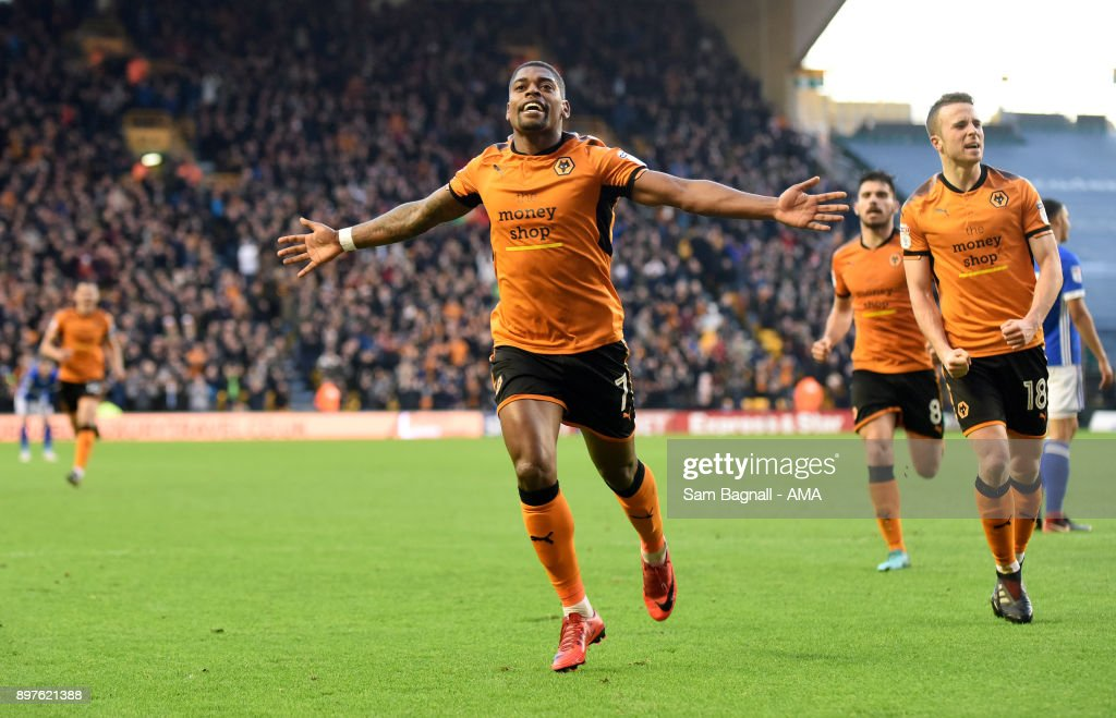 Ivan Cavaleiro of Wolverhampton Wanderers celebrates after scoring a goal to make it 1-0 during the Sky Bet Championship match between Wolverhampton and Ipswich Town at Molineux on December 23, 2017 in Wolverhampton, England.