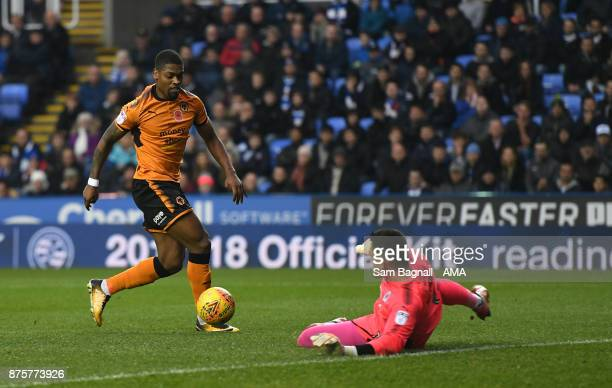 Ivan Cavaleiro of Wolverhampton Wanderers scores a goal to make it 01 during the Sky Bet Championship match between Reading and Wolverhampton at...