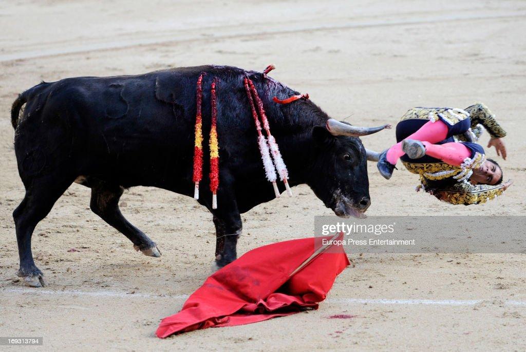 Ivan Fandino is gored by a bull during press bullfights at Plaza de Toros de Las Ventas on May 22, 2013 in Madrid, Spain.