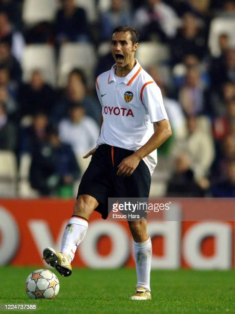 Ivan Helguera of Valencia in action during the UEFA Champions League Group B match between Valencia and Rosenborg at the Estadio de Mestalla on...