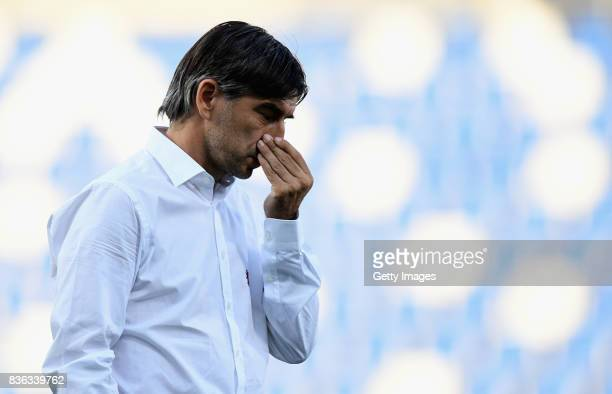 Ivan Juric head coach of Genoa CFC looks on before the Serie A match between US Sassuolo and Genoa CFC at Mapei Stadium Citta' del Tricolore on...