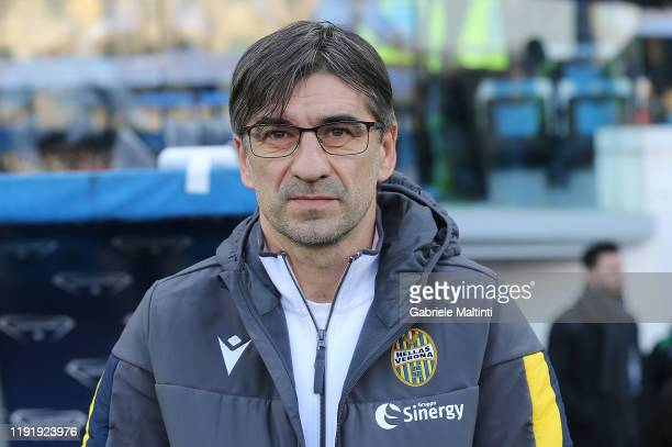Ivan Juric manager of Hellas Verona looks on during the Serie A match between SPAL and Hellas Verona at Stadio Paolo Mazza on January 5 2020 in...