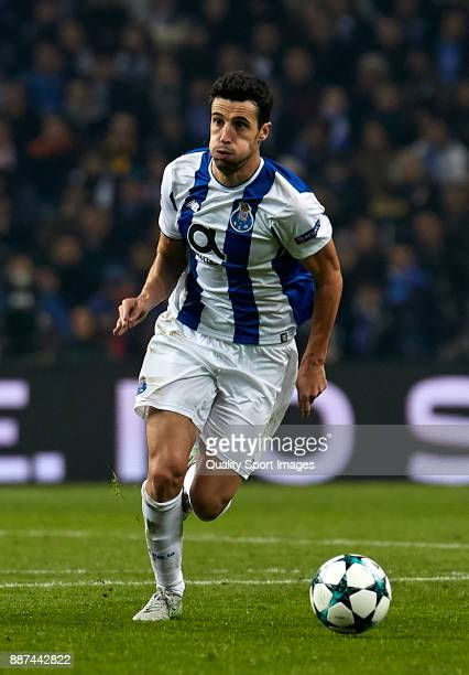 Ivan Marcano of FC Porto in action during the UEFA Champions League group G match between FC Porto and AS Monaco at Estadio do Dragao on December 6...