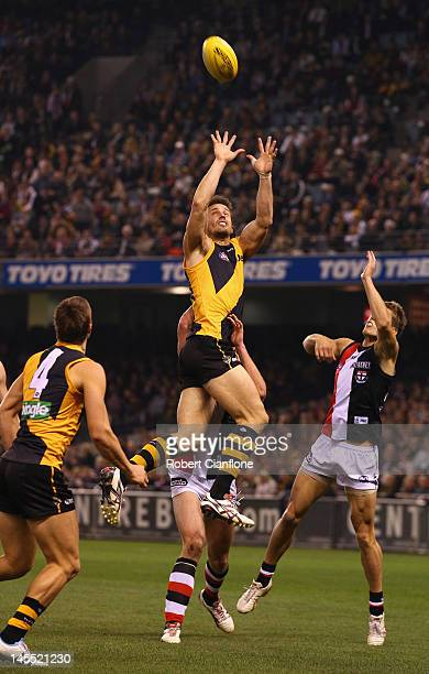Ivan Maric of the Tigers attempts to mark during the round 10 AFL match between the St Kilda Saints and the Richmond Tigers at Etihad Stadium on June...