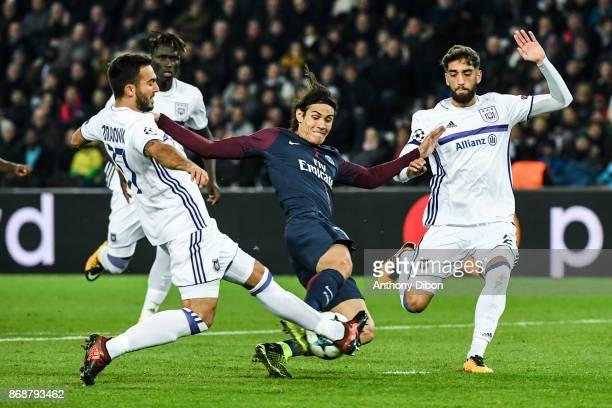 Ivan Obradovic Edinson Cavani of PSG and Josue Sa of Anderlecht during the UEFA Champions League match between Paris SaintGermain and RSC Anderlecht...