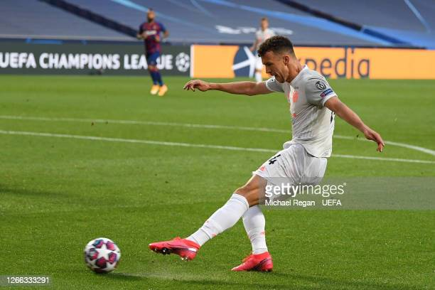Ivan Perisic of FC Bayern Munich scores his team's second goal during the UEFA Champions League Quarter Final match between Barcelona and Bayern...