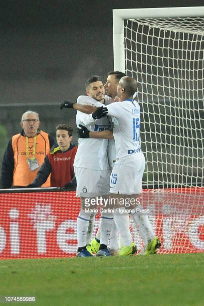 Ivan Perisic of FC Internazionale celebrates after scoring the opening goal during the Serie A match between Chievo Verona and FC Internazionale at...