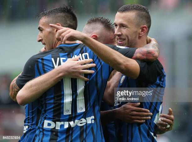 Ivan Perisic of FC Internazionale Milano celebrates his goal with his teammates during the Serie A match between FC Internazionale and Spal at Stadio...