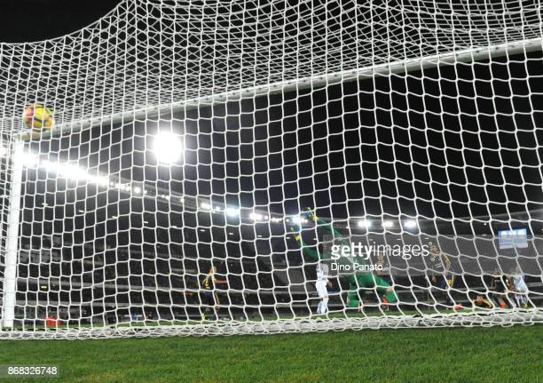 Ivan Perisic of FC Internazionale scores his team's second goal during the Serie A match between Hellas Verona FC and FC Internazionale at Stadio...