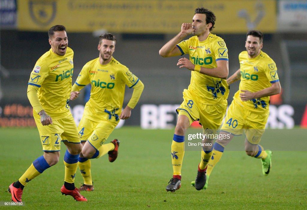 AC Chievo Verona v Udinese Calcio - Serie A : ニュース写真
