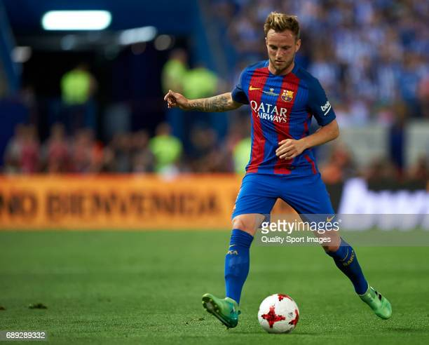 Ivan Rakitic in action during the Copa Del Rey Final match between FC Barcelona and Deportivo Alaves at Vicente Calderon stadium on May 27 2017 in...