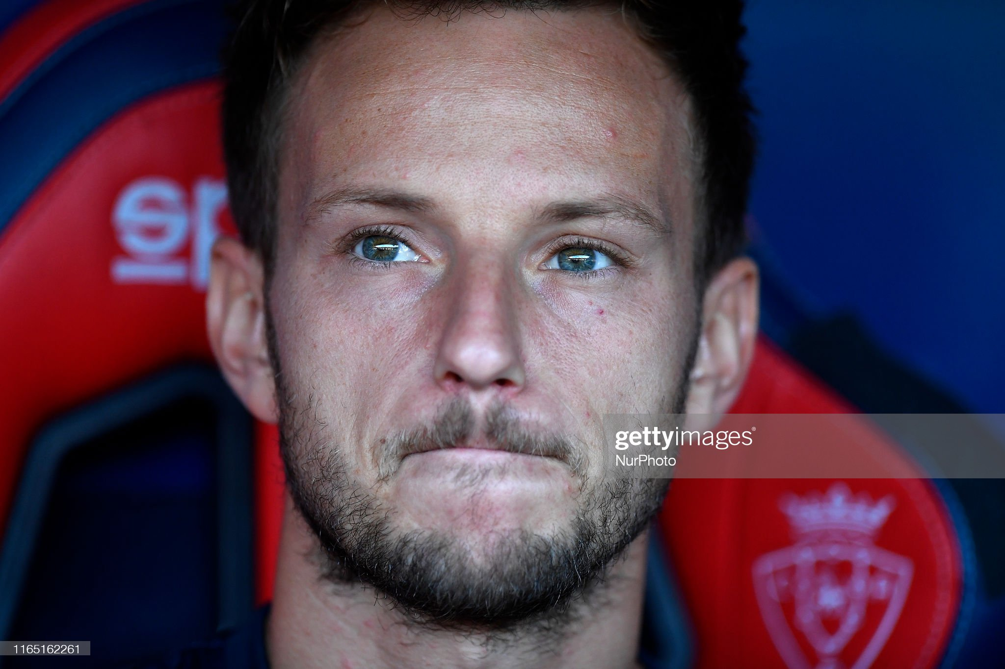 صور مباراة : أوساسونا - برشلونة 2-2 ( 31-08-2019 )  Ivan-rakitic-of-barcelona-sitting-on-the-bench-during-the-liga-match-picture-id1165162261?s=2048x2048