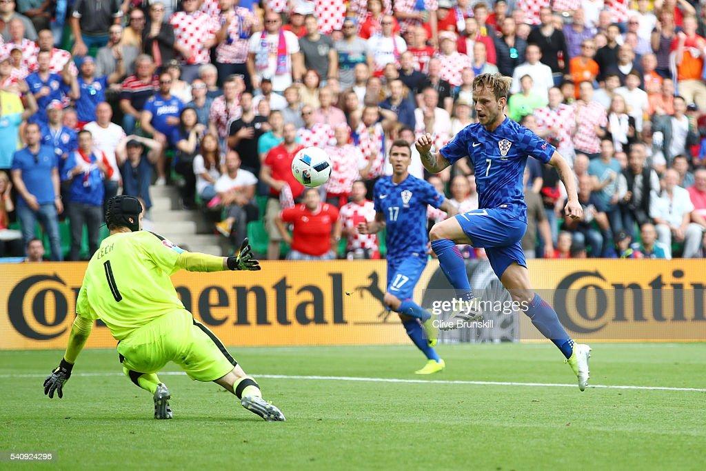 Czech Republic v Croatia - Group D: UEFA Euro 2016 : News Photo