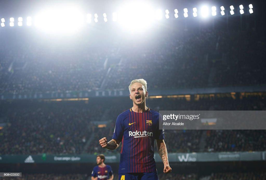 Real Betis v Barcelona - La Liga : ニュース写真