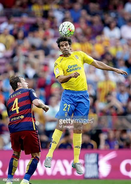 Ivan Rakitic of FC Barcelona Juan Carlos Valeron of Las Palmas during the Primera Division match between FC Barcelona and Las Palmas on September 26...