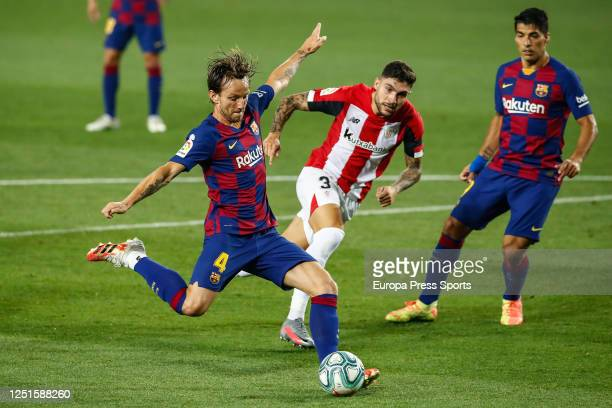 Ivan Rakitic of FC Barcelona shoots for goal during the spanish league, LaLiga, football match played between FC Barcelona and Athletic Club de...