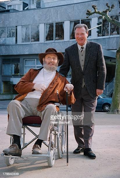 Ivan Rebroff, Erwin Stadler;, Reha-Klinik, Wicker;Klinik AG, Bad Homburg, Rollstuhl, Sänger, ;