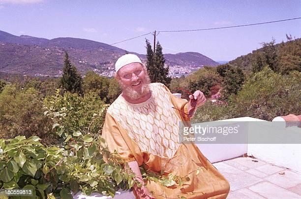 Ivan Rebroff, Insel Skopelos /;Griechenland, Terrasse, Natur, Blumen, Sänger, ;;