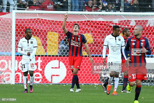 Ivan Santini of Caen celebrates scoring his goal during the Ligue 1 match between SM Caen and OGC Nice at Stade Michel D'Ornano on November 6 2016 in...