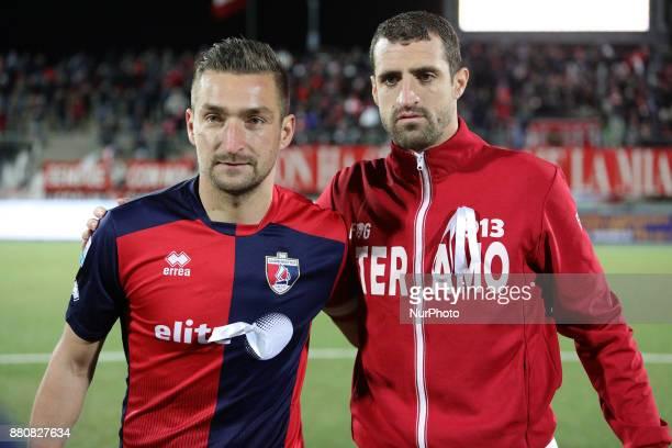 Ivan Speranza of Teramo Calcio 1913 and Armin Bacinovic of SS Sambenedettese during the Lega Pro 17/18 group B match between Teramo Calcio 1913 and...