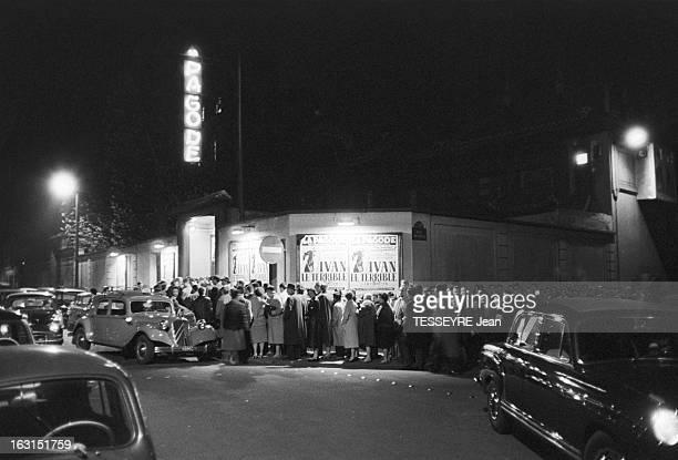 Ivan The Terrible At The Movie Theater Pagoda A Paris le 3 avril 1959 Projection du film soviétique 'Ivan le terrible' de Sergueï Eisensteint au...