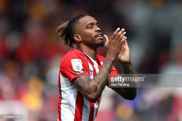 Ivan Toney of Brentford applauds fans after victory in the Sky Bet Championship Play-off Semi Final 2nd Leg match between Brentford and AFC...