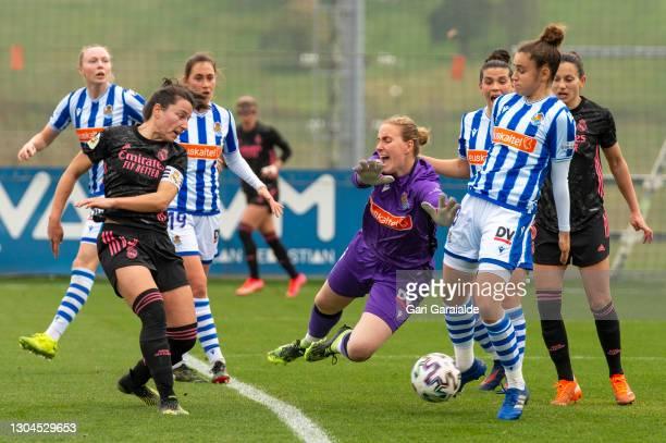 Ivana Andrés of Real Madrid tries to score during the Primera Division Femenina football match between Real Sociedad and Real Madrid Femenino at...