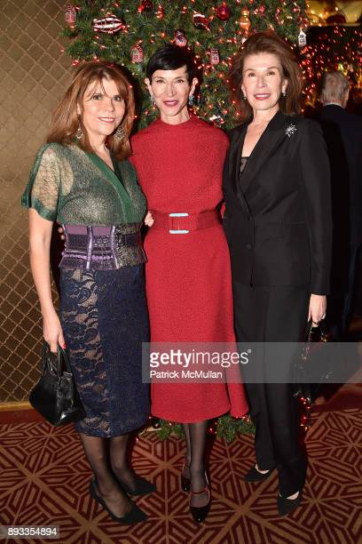 Ivana Lowell Amy Fine Collins and Sara Colleton attend A Christmas Cheer Holiday Party 2017 Hosted by George Farias Anne and Jay McInerney at The...