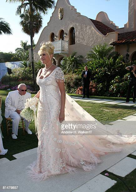 RATES Ivana Trump during her wedding to Rossano Rubicondi at Maralago on April 12 2008 in Palm Beach Florida Ivana Trumps jewelry is by Leviev her...
