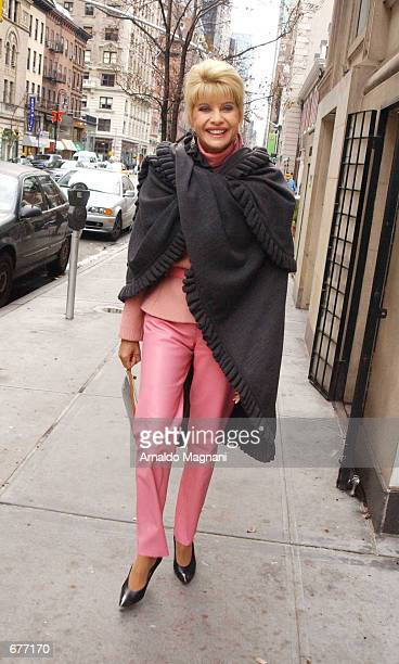 Ivana Trump walks along Madison Avenue to La Goulue restaurant for a business lunch December 9 2001 in New York City