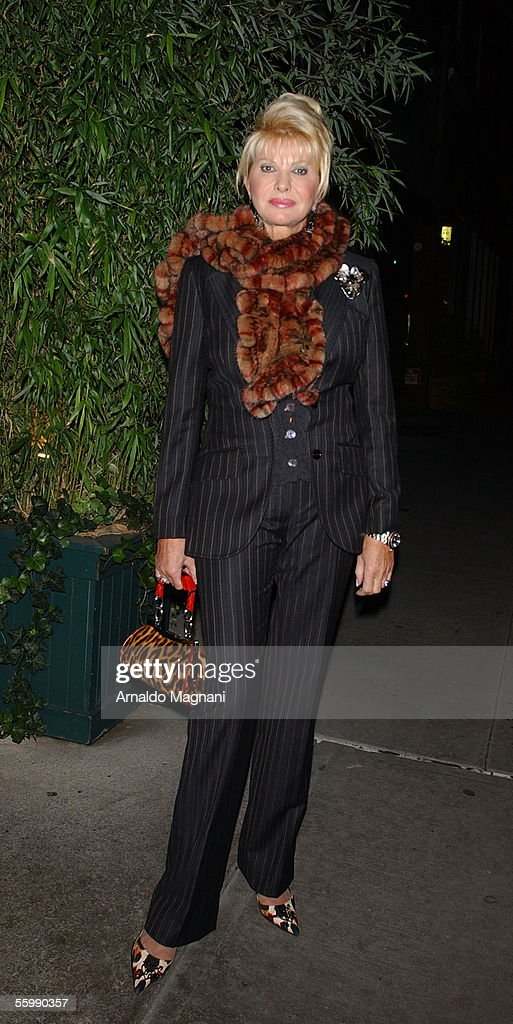 Ivana Trump walks to Nello's to have dinner with her daughter, Ivanka Trump, October 23, 2005 in New York City.
