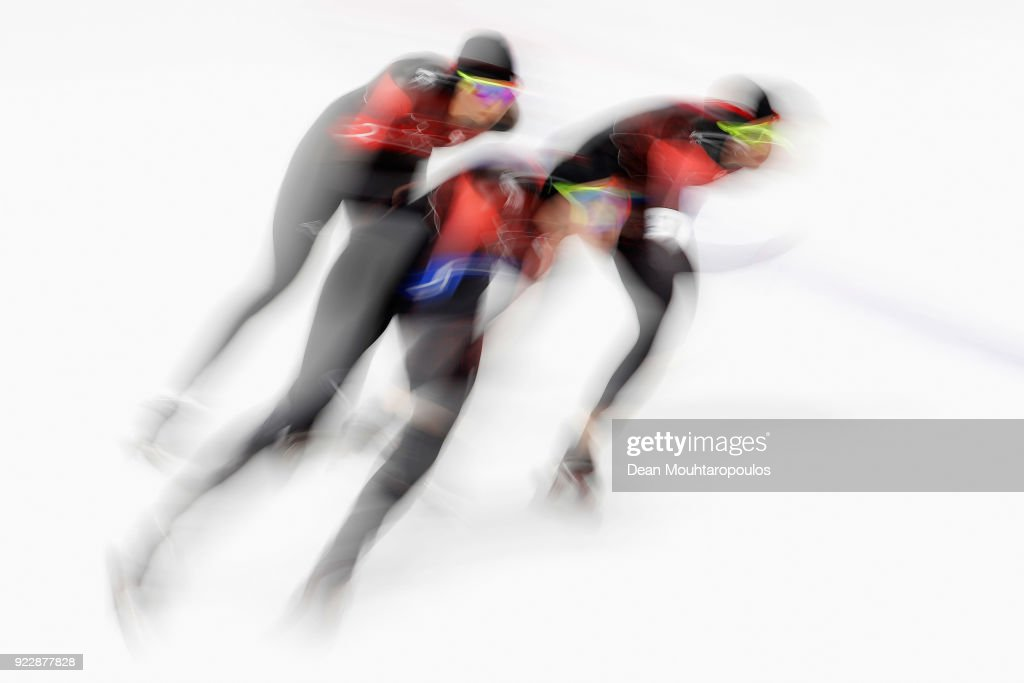 Ivanie Blondin, Keri Morrison and Isabelle Weidemann of Canada compete during the Ladies' Team Pursuit Semifinal 2 Speed Skating on day 12 of the PyeongChang 2018 Winter Olympic Games at Gangneung Oval on February 21, 2018 in Gangneung, South Korea.