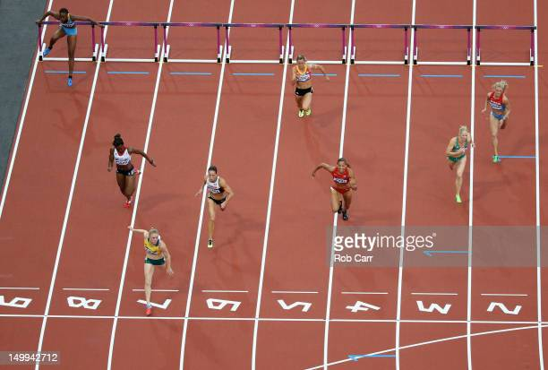 Ivanique Kemp of the Bahamas, Tiffany Porter of Great Britain, Sally Pearson of Australia, Jessica Zelinka of Canada, Eline Berings of Belgium, Lolo...