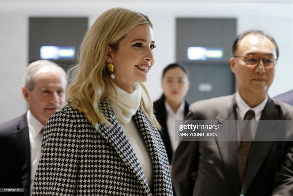 Ivanka Trump (L), advisor to and daughter of US President Donald Trump, arrives at Incheon International Airport in Incheon on February 23, 2018, to attend the closing ceremony of the 2018 Pyeongchang Winter Olympic Games on February 25. Trump's daughter Ivanka arrived in Seoul on February 23 to attend the Pyeongchang Winter Olympics closing ceremony, where a top North Korean general will also be present. / AFP PHOTO / POOL / Ahn Young-joon