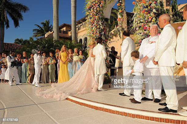 Ivanka Trump Ivana Trump and Rossano Rubicondi during the wedding of Ivana Trump and Rossano Rubicondi at the MaraLago Club on April 12 2008 in Palm...
