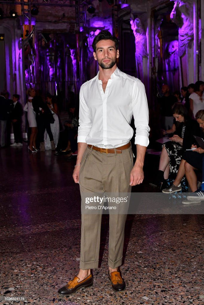 Genny - Front Row - Milan Fashion Week Spring/Summer 2019