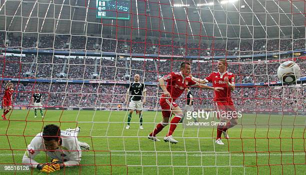 Ivica Olic of Bayern scores his team's first goal during the Bundesliga match between FC Bayern Muenchen and Hannover 96 at Allianz Arena on April 17...
