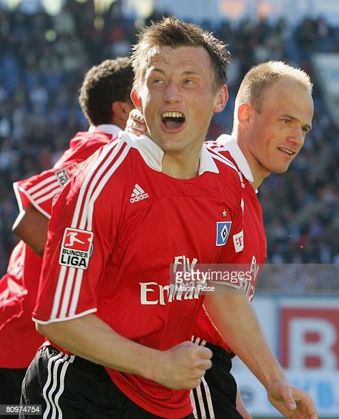 Ivica Olic of Hamburg celebrates after scoring the 3rd goal during the Bundesliga match between Hansa Rostock and Hamburger SV at the DKB Arena on...